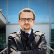 dr Piotr Cybula